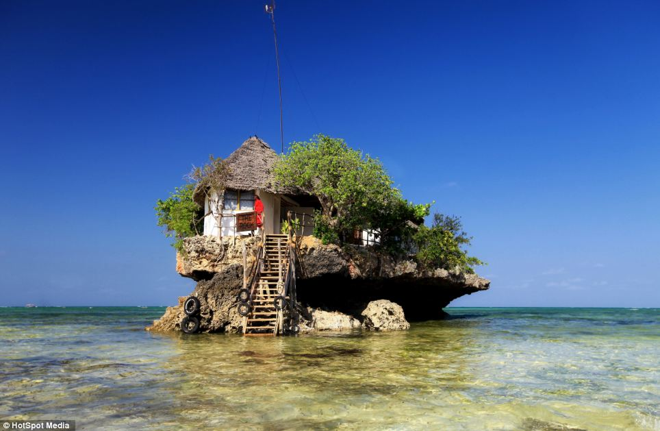 Food in background – The most unusual restaurants in the world